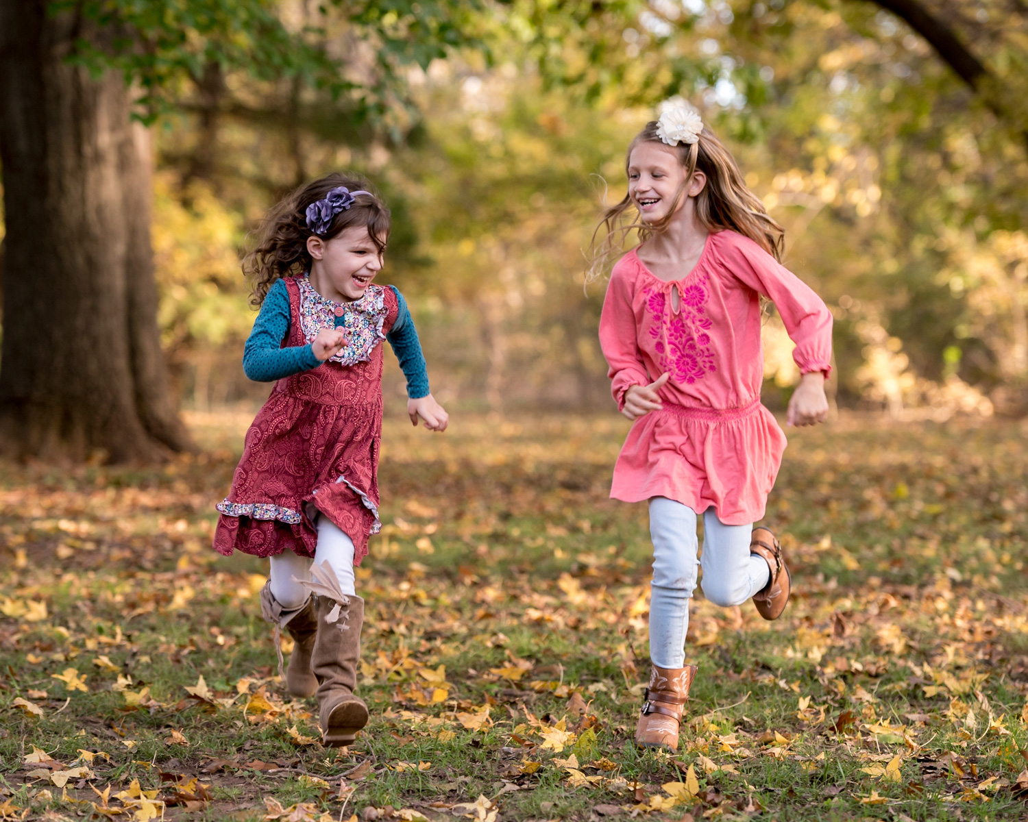 girls-running-forest