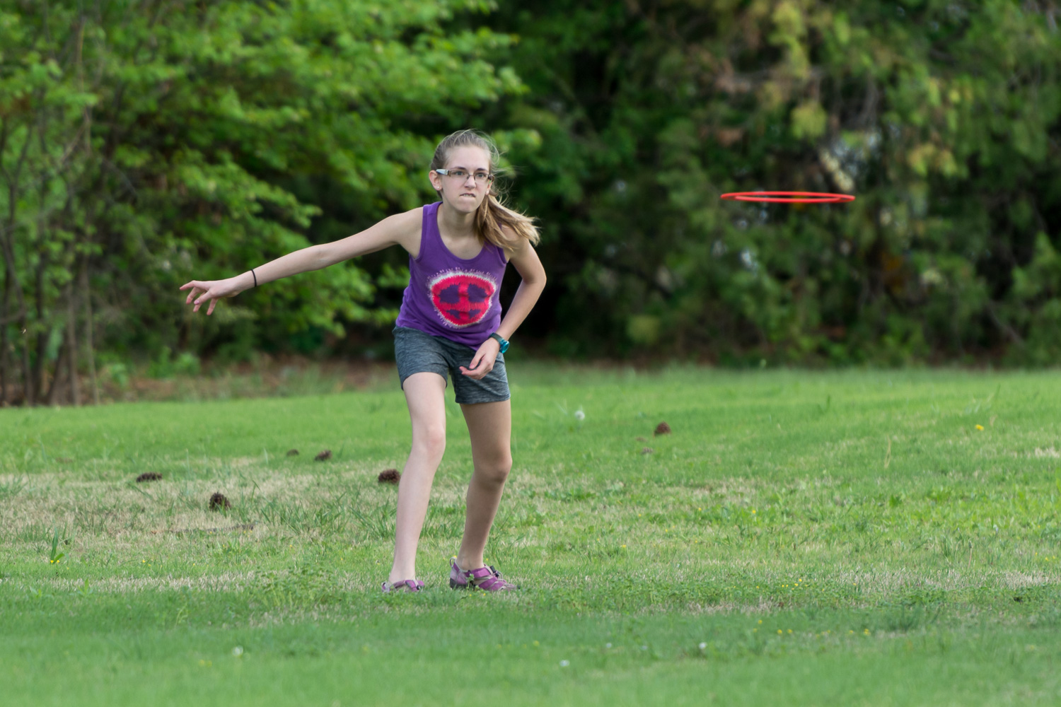 capture-fast-action-photos-frisbee