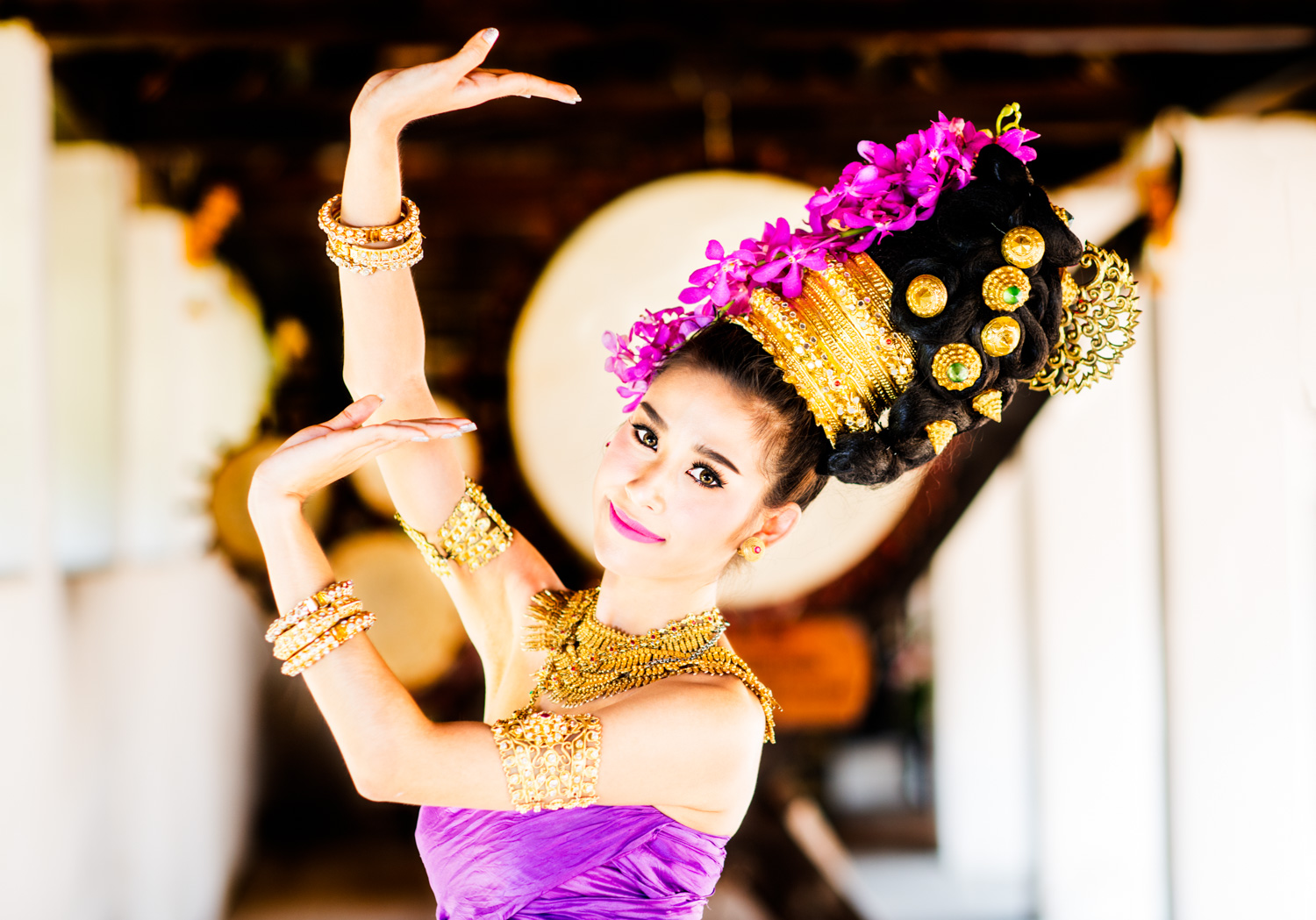 Thai dancer for frame within a frame photography