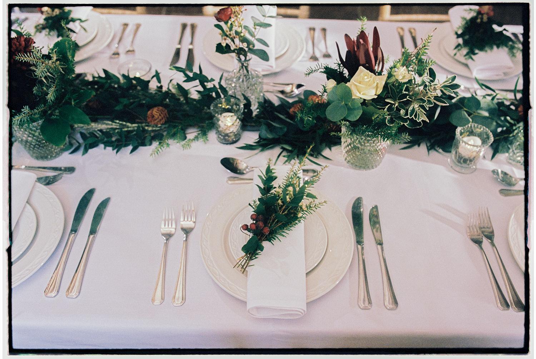 Mesa para casamento em linho branco