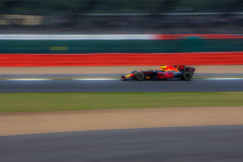captura de movimento borrão fotografia carro de corrida