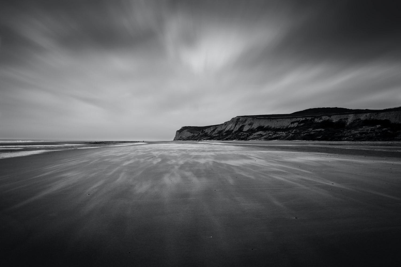 desfoque de longa exposição da paisagem marinha