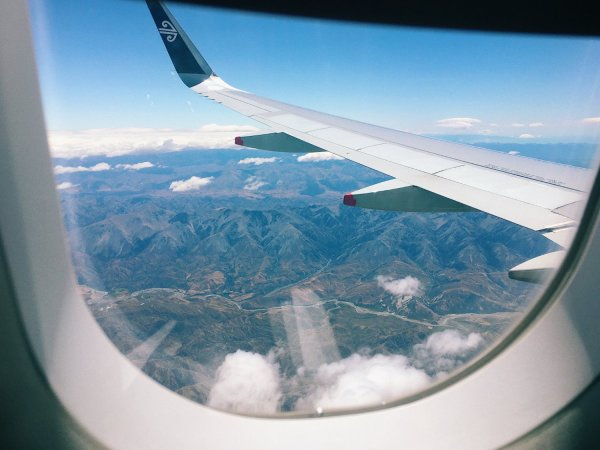 How to take a Photograph out of a Plane Window