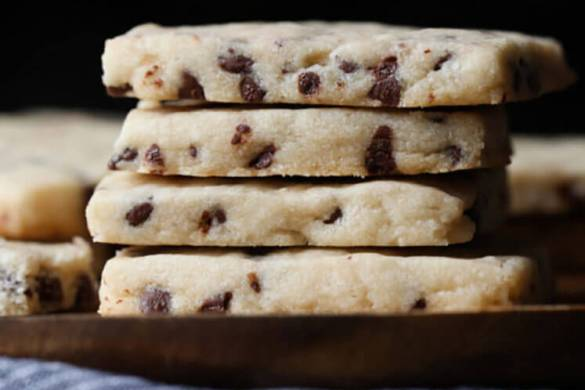 26. Chocolate Chip Shortbread Christmas Recipe
