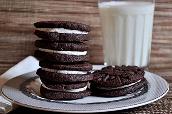 7. Homemade Oreo Cookies Christmas Recipe