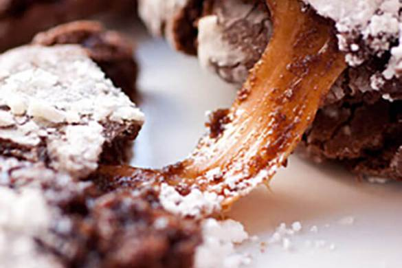 75. Caramel Stuffed Chocolate Crinkle Cookies Christmas Recipe