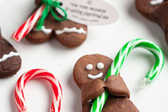 92. Chocolate Gingerbread Men With Candy Canes Christmas Recipe