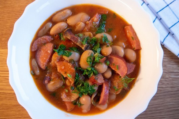 White Beans With Bacon And Sausage | Digital Train