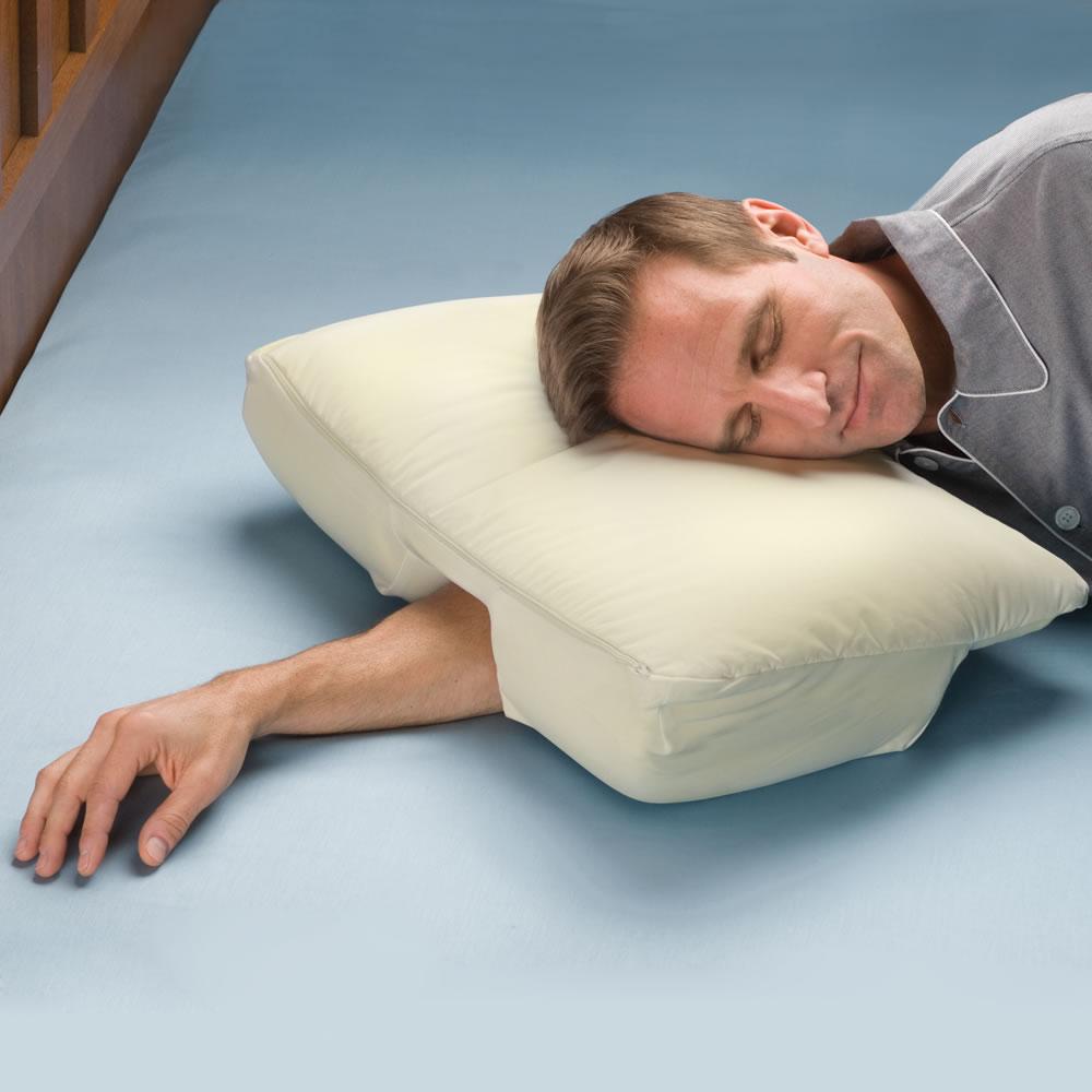 arm sleeper s pillow hammacher schlemmer