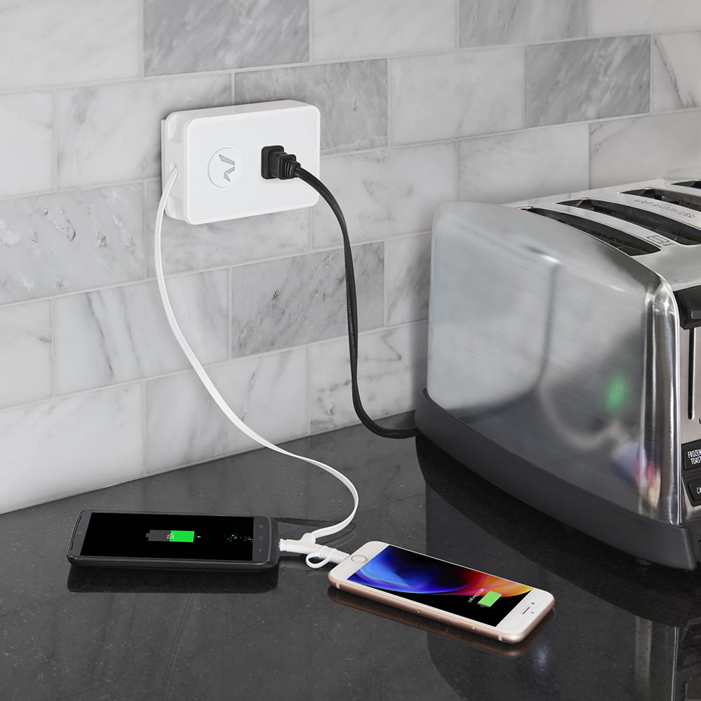 hight resolution of the phone cord retracting charging outlet