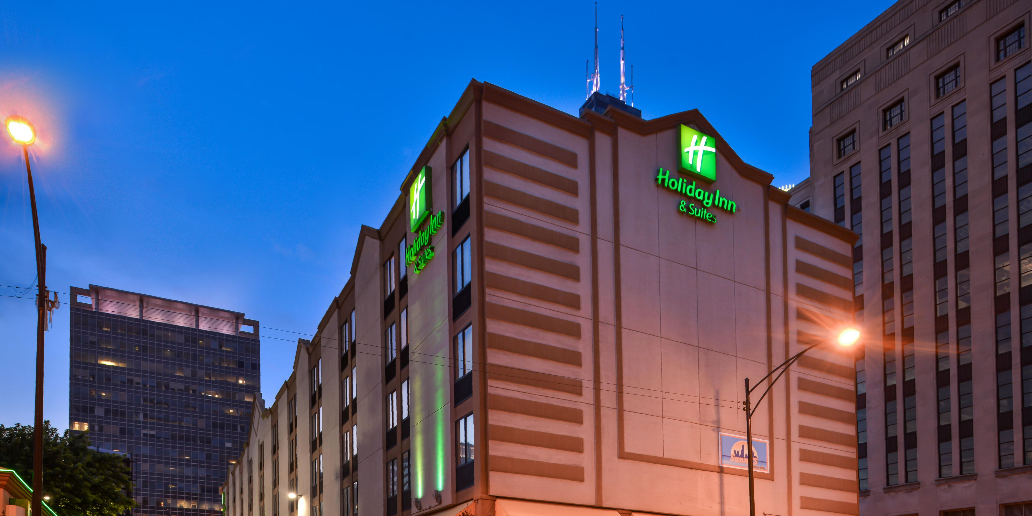holiday inn suites chicago downtown