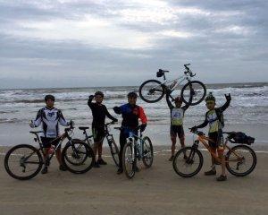 Valientes deportistas zulianos hacen historia en el ciclismo