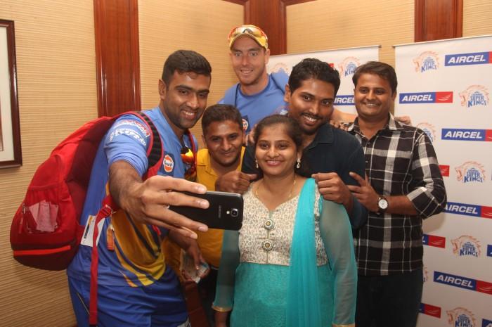 Aircel Contest -R Ashwin & Kyle Abbot Selfie- Ms. Manisha Sumbad
