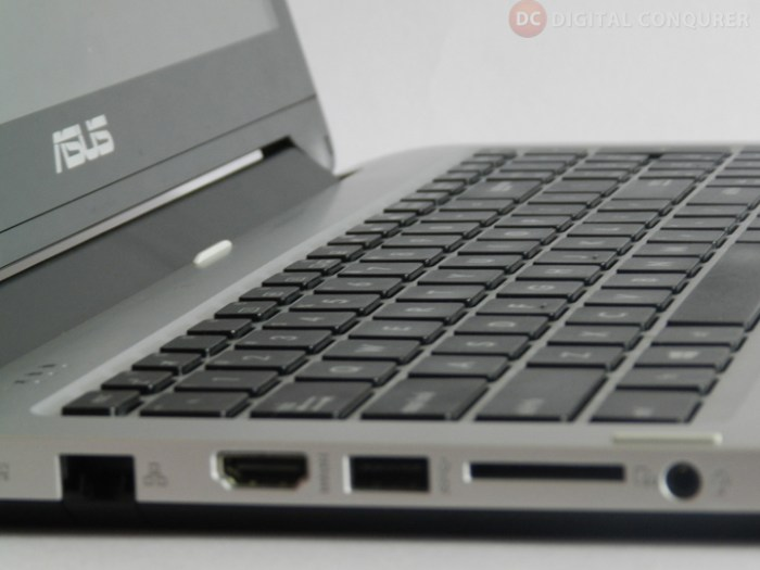 Asus_TP550LD_CJ005H_review-central-rubber0base