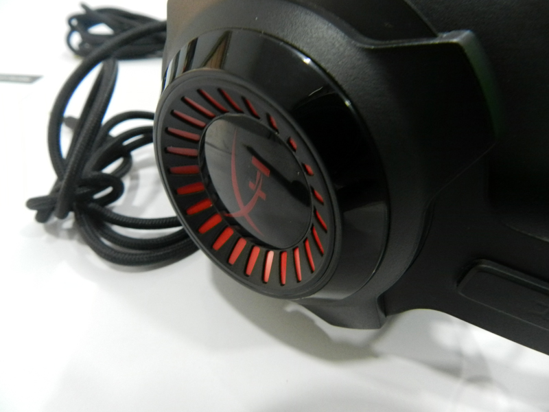 HyperX-Cloud-Revolver-Review-Closeup