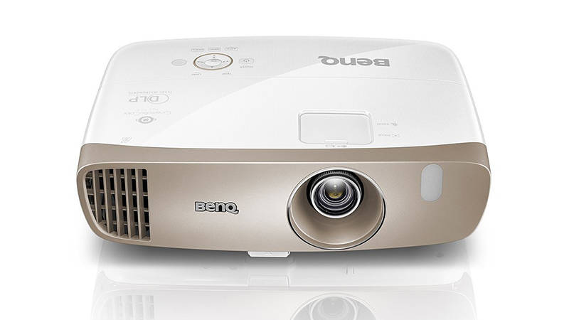 Best portable projector s for geeks digital conqueror for Best compact projector