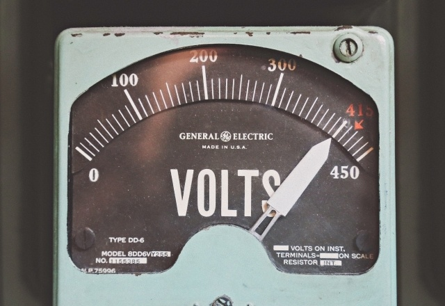 Old General electrical megohmmeter