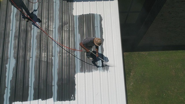 tow painting contractors using roof spray coating, you must have journeyman level experience to get licensed in arizona