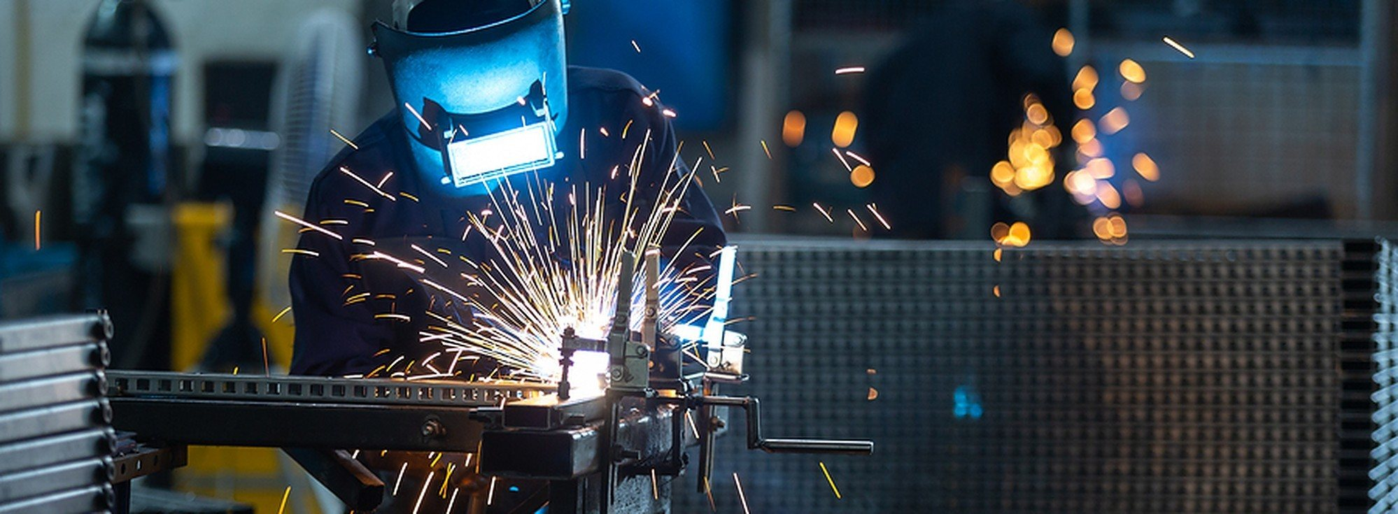 how to get the c-60 welding contractor license. how to meet the CSLB license requirements for welding contractor