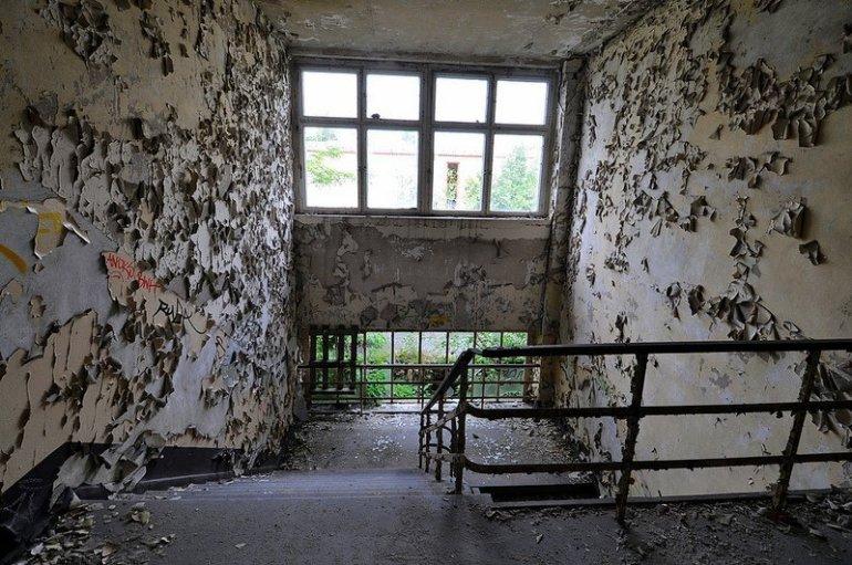 VEB Kabelwerk Koepenick abandoned staircase
