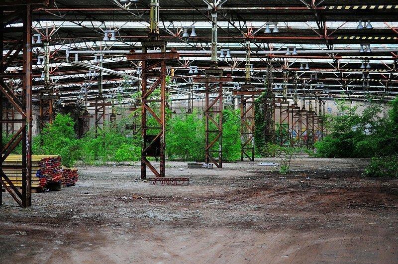 abandoned industrial factory hall berlin koepenick digital cosmonaut. Black Bedroom Furniture Sets. Home Design Ideas