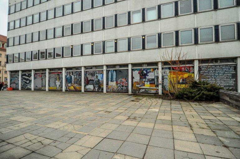 Das Mosaik am Rechenzentrum Potsdam :: Ostmoderne Kunst in