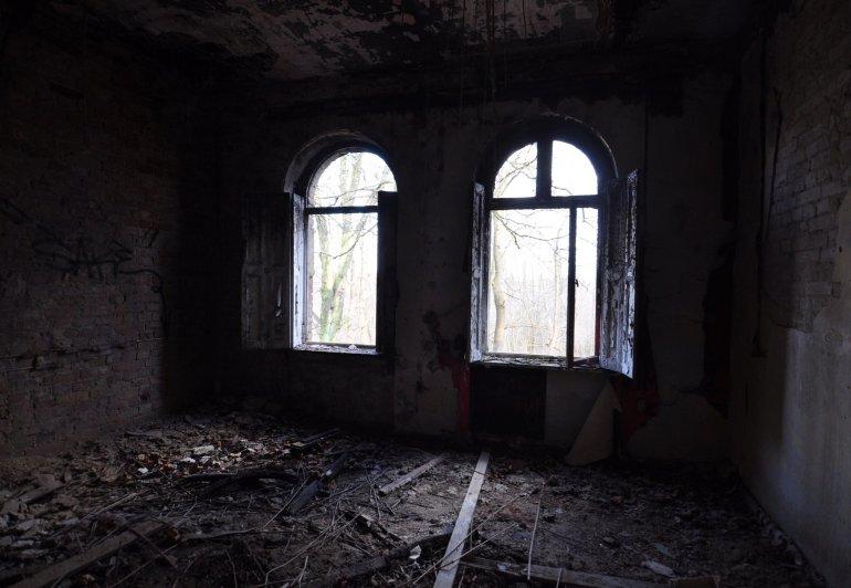 abandoned room ruins villa urbex lost places germany