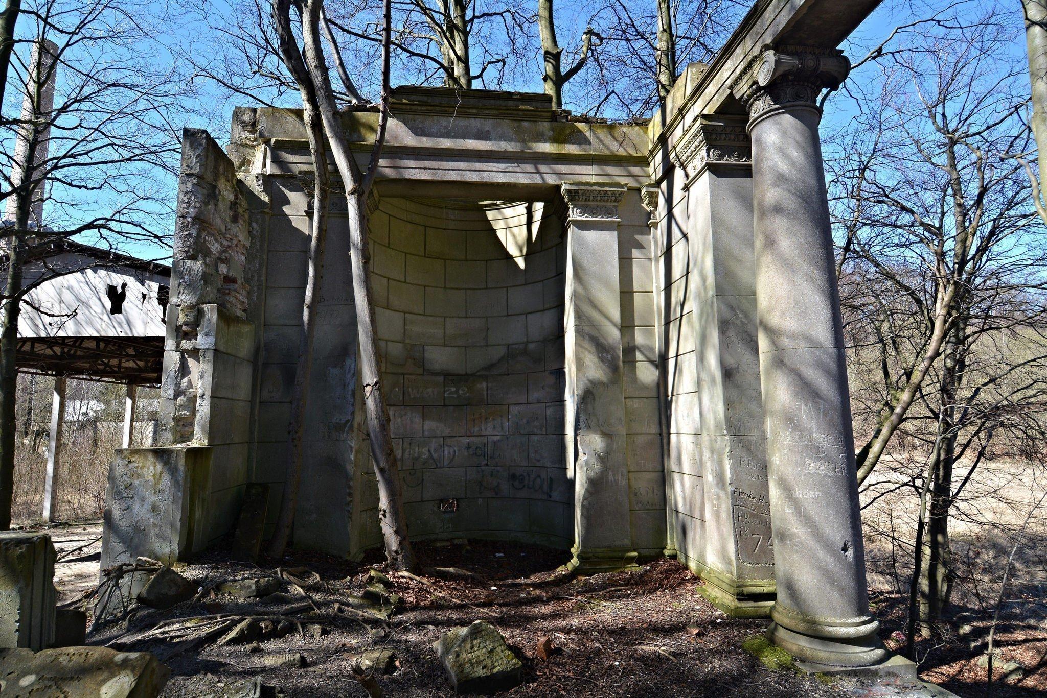 burg ruinen verlassen lost places urbex abandoned germany deutschland ddr