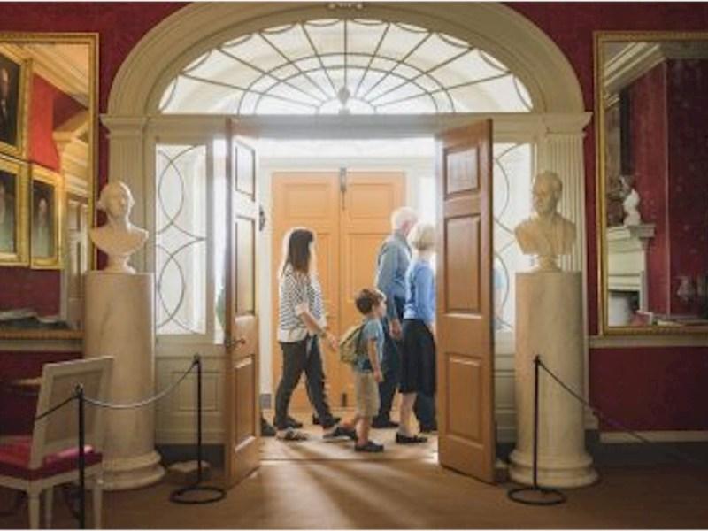 Integrating Visitor Services and Interpretation
