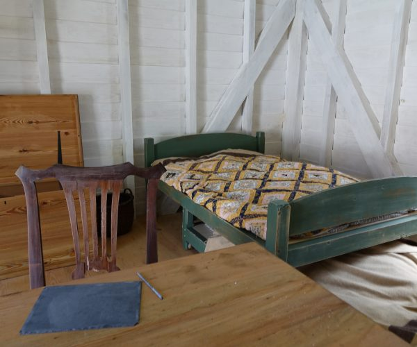 DSC08869 SY interior bed