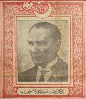 Mustafa Kemal Atatürk ve savaş haritaları