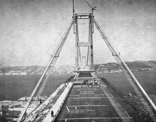 İlk boğaz köprüsünün yapımı