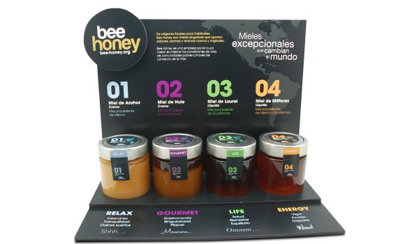 EXPOSITOR-BEE-HONEY-009