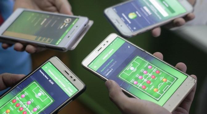 Myanmar Big on Facebook and Mobile Gaming