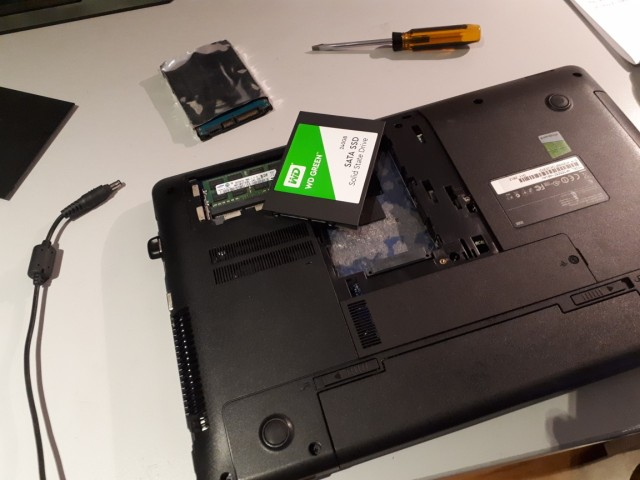 20180627 113318 - Hallett Cove onsite computer upgrades and support : SSD upgrade for laptop with dead hard disk