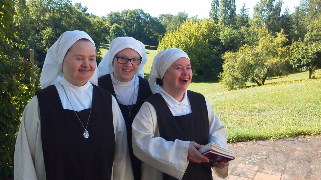 Three Little Sisters Disciples of the Lamb: Marie-Ange, Camille and Géraldine