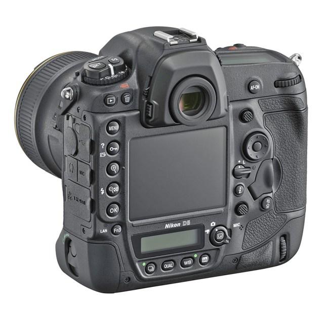 Nikon D5 02