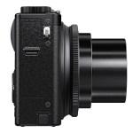 Fujifilm XQ1 - Side