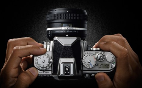 Nikon DF Dials