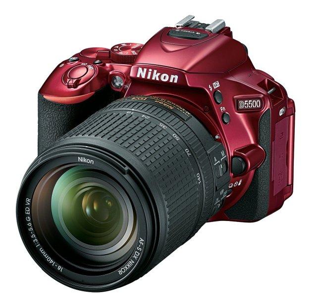 Nikon D5500 - Red