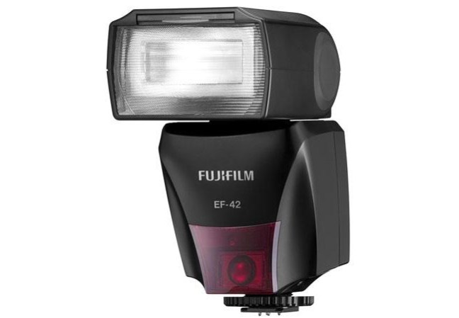 Fujifilm EF-42 TTL Flash 01