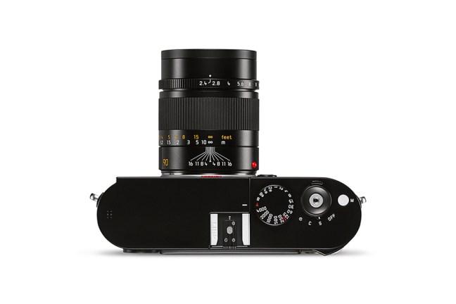 Leica Summarit-M 90mm f2.4 Lens 04