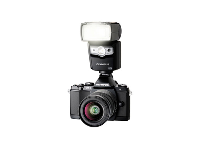 Olympus FL-600R Flash 06