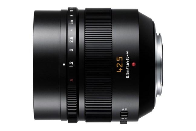 Panasonic Leica DG Nocticron 42.5mm f:1.2 Lens 05