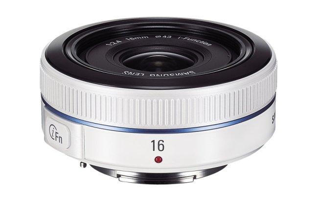 Samsung 16mm F2.4 Lens 04