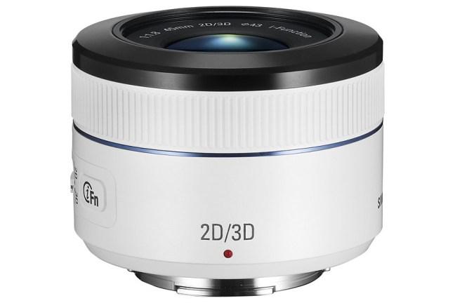 Samsung 45mm F1.8 2D:3D Lens 13