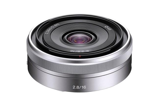 Sony E 16mm F2.8 ( SEL16F28 ) 01