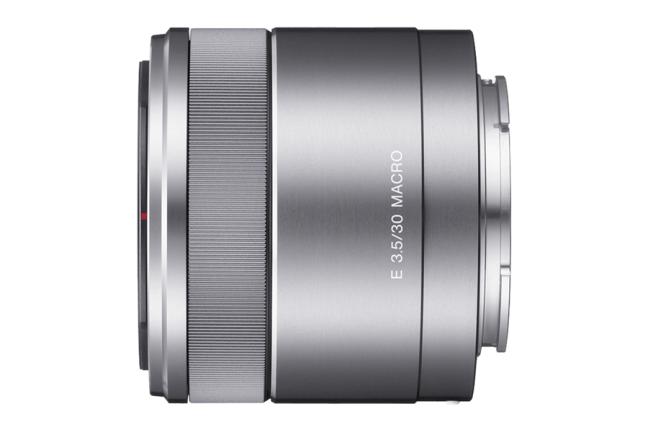 Sony E 30mm F3.5 Macro ( SEL30M35 ) 01