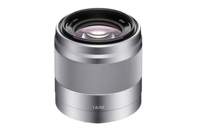 Sony E 50mm F1.8 OSS ( SEL50F18 ) 01