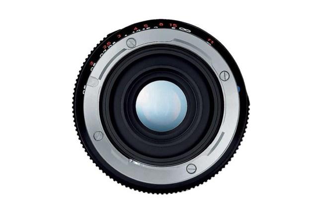 Zeiss Distagon T* 18mm f4 ZM Lens 05